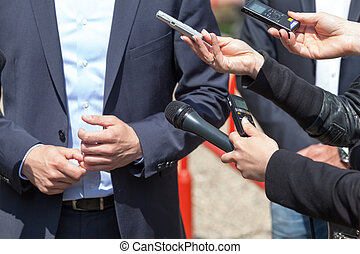 Media interview News conference - Journalists making...