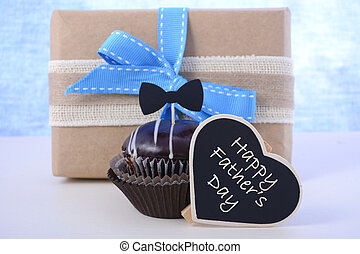 Fathers Day cupcake gift. - Happy Fathers Day cupcake gift...