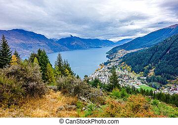 New Zealand - Wakatipu Lake from Queenstown Hill - Wakatipu...