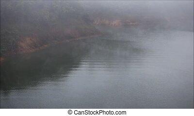 fog - Fog on river