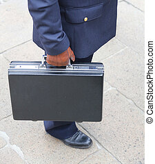 COP with the suitcase full of money after payment of a bribe...