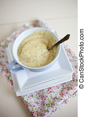 Apple celeriac soup with poppyseed on top