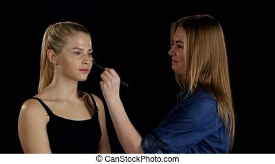 Professional make-up artist. Makeup. Black - Makeup artist...