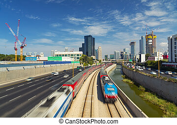 Tel Aviv And Ramat Gan Cityscape - Ayalon Freeway At Day