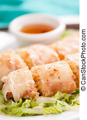 crispy vietnamese sprill roll or egg roll - egg roll or...