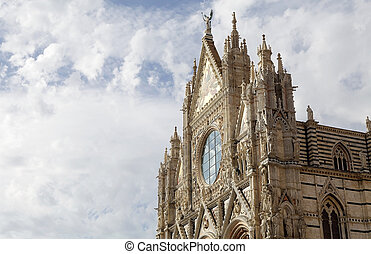 Upper facade of the Siena Cathedral, Siena, Tuscany, italy -...