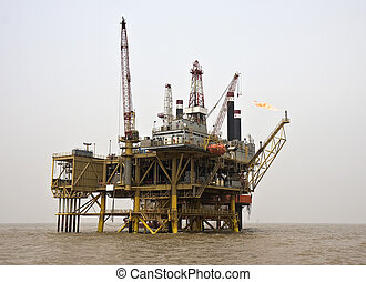 Offshore oil production installatio