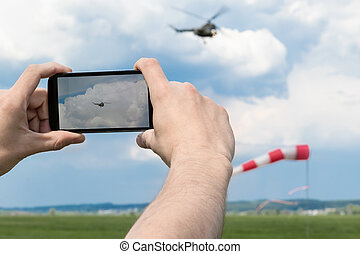 Photographing the helicopter on a smartphone