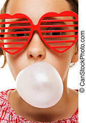 Young girl with bubble gum baloon - Portrait of young girl...