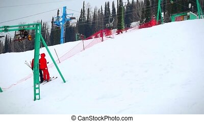 Ski, skiing - skiers on ski lift in slowmotion 1920x1080 -...