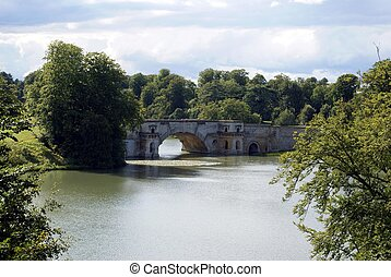 Grande Bridge, River Glyme, England - The Palladian Grand...