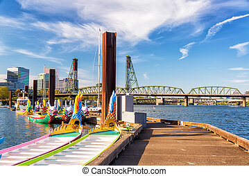 Dragon Boats and Hawthorne Bridge - Dragon boats and the...