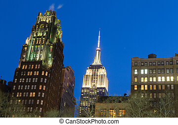 Night by the Empire State - Bryant Park is located in...