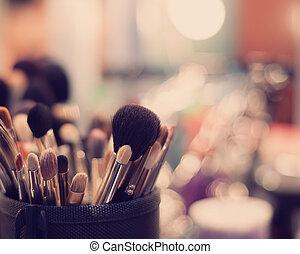 Professional visagiste brushes for make up - Complete set of...