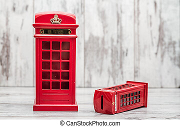 Decorative Money Box as Classic British Red Phone Booth -...