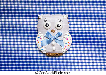 Cute background with an owl - A cute vichy background with a...