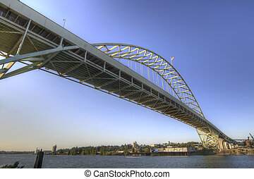 Fremont Bridge Portland Oregon - Fremont Bridge over...