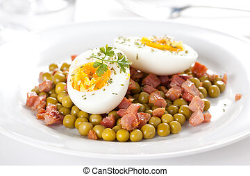 egg dish with ham and peas - tasty egg dish with ham and...