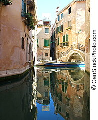 Houses in Venice, Italia - Colorful narrow lateral canal,...