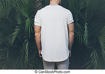 Photo Bearded Muscular Man Wearing White Blank t-shirt in...
