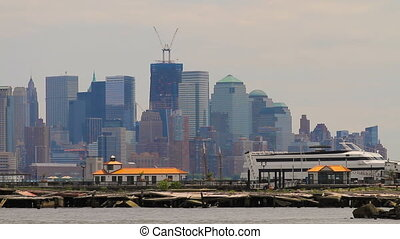 Freedom Tower Construction - New York Citys One World Trade...