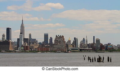 Empire State Hudson River - New York City's world famous...