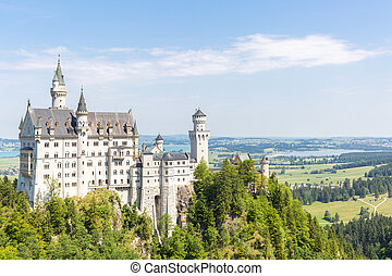Neuschwanstein castle - Beautiful summer view of the...