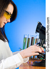 Woman scientist working in the lab