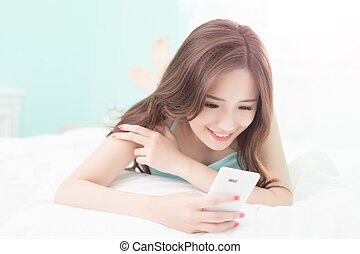 smile woman with smart phone