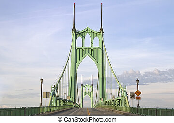 St. John\'s Bridge over Willamette River in Portland Oregon