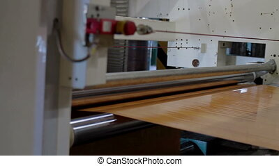 Automatic Machine Production of tape for laminate