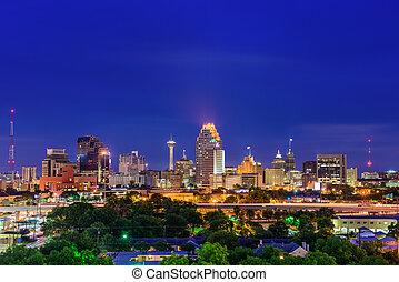 San Antonio Texas Skyline - San Antonio, Texas, USA skyline