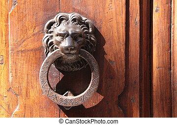 Aldabas, viejo, león, puerta