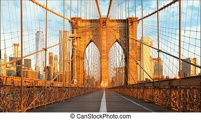 New York, Brooklyn bridge, Manhattan, USA - Time lapse