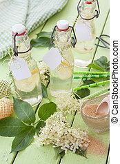 Homemade lemonade made from elderberry - Refreshing homemade...