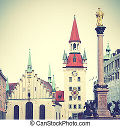 Marienplatz in Munich - Town hall and Marian column on...