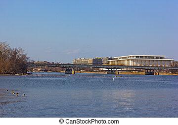 Potomac River urban landscape - A view on John F. Kennedy...