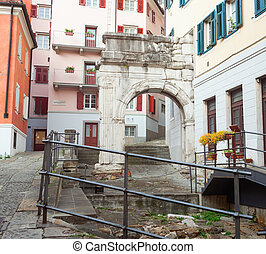 Arch of Richard, Roman monuments, Trieste - The Arch of...