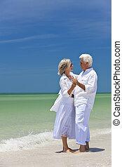 feliz, 3º edad, pareja, bailando, tenencia, Manos, Un,...