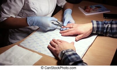 Male Manicure in The beauty saloon - Male Manicure At The...