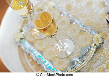 Glasses of champagne - Two glasses gap-filling champagne...