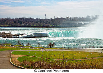 Splash in Niagara Falls viewed from the American side