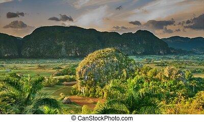 Vi ales valley,Cuba,Time lapse