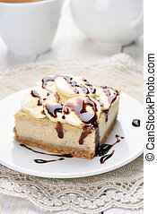 Banana cheese cake - Dessert banana cheese cake, covered...
