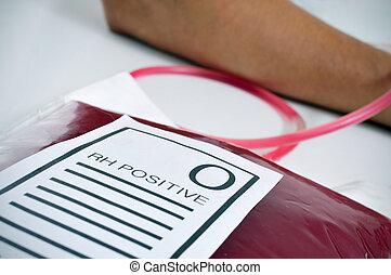sangre, bolsa, con, el, texto, O, Rh, positivo,