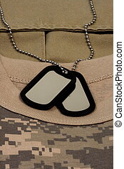 digital fatigue t-shirt camouflage and dog tag chain - army...