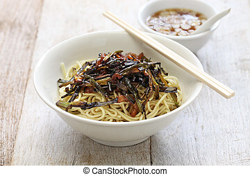 scallion oil noodles, Shanghai food - noodles with scallion...