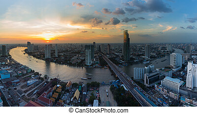 Bangkok river curved
