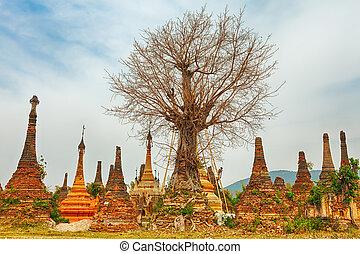 Sankar pagoda. Shan state. Myanmar. - Buddhist temple...