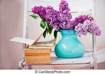 Comprehensive book, on the pages of lilac - Comprehensive...